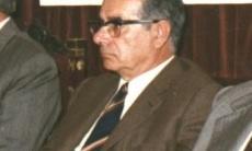 Juan Bueso Gómez. La vanguardia generosa y humana