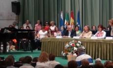 Libro-fórum gigante con Julia Navarro en Zafra